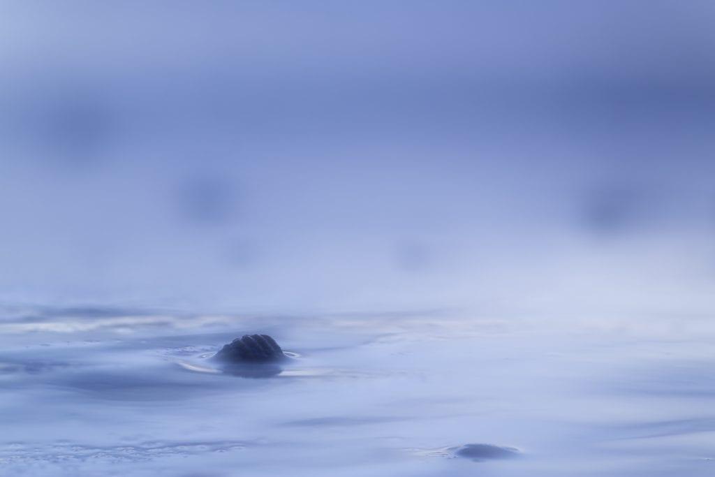 Compositie en sfeer maken een kustfoto