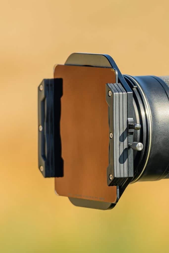 Een NiSI grijsfilter in de filterhouder