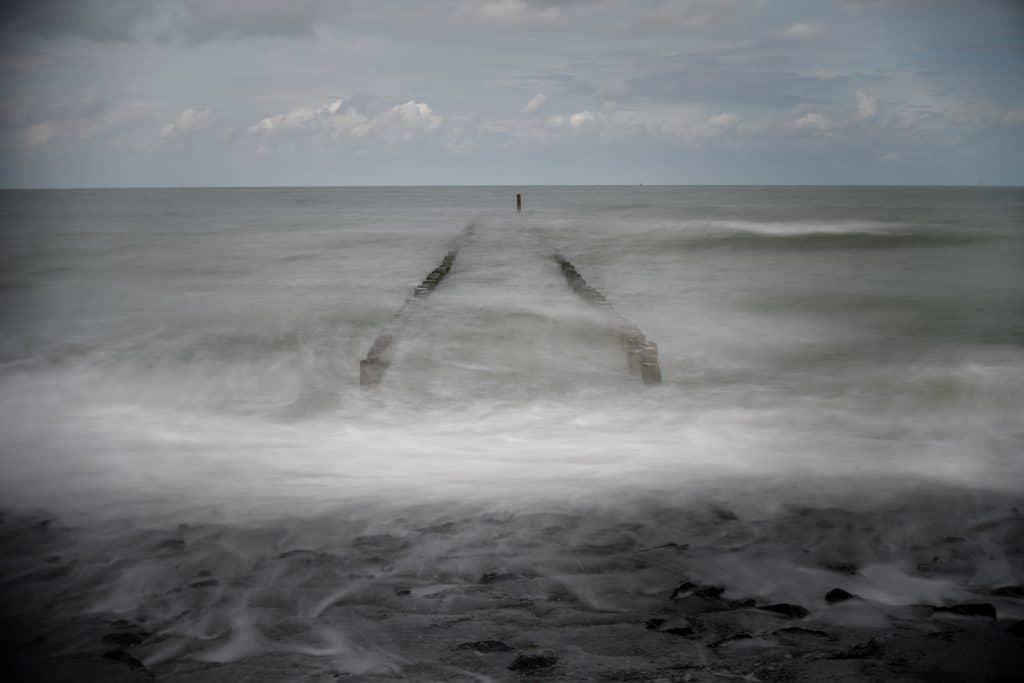 Creatieve foto's met gemaakt met Lensbaby Burnside 35 aan de Nederlandse kust