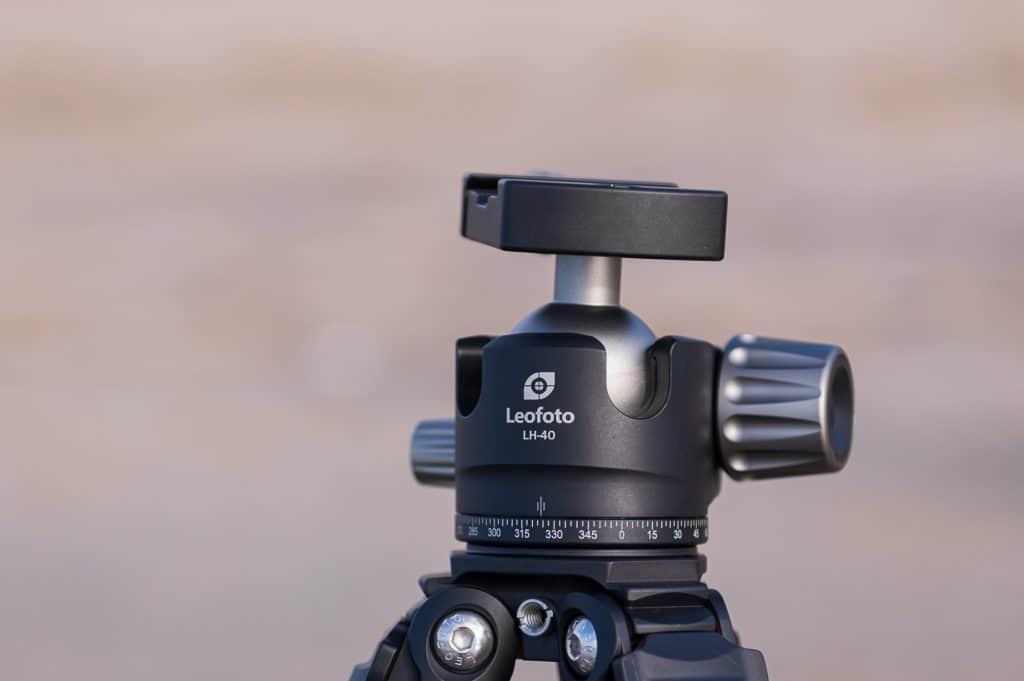 Prachtige close-up van het Balhoofd van de Leofoto LH-40 statief