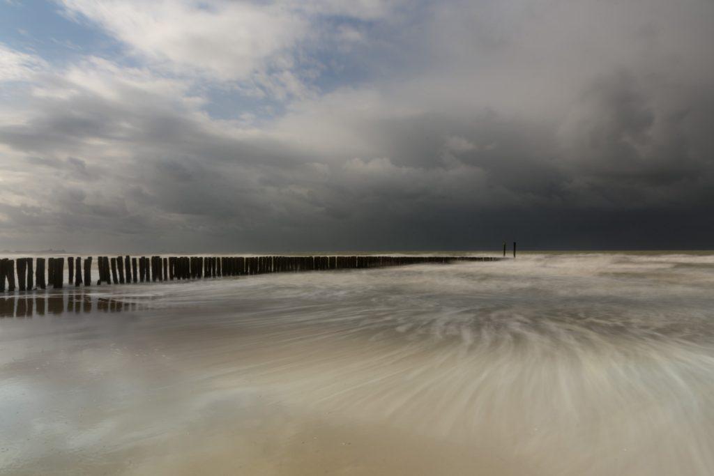 Ruige weersomstandigheden tijdens de privé masterclass kustfotografie met lange sluitertijden